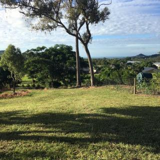 Whitsunday Waters 16 Pepperberry Ln, Cannon Valley QLD 4800, Australia